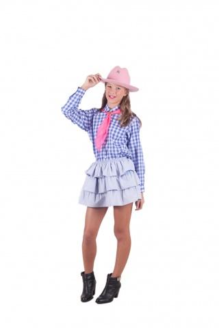Camisa, lenço e chapéu cores variadas